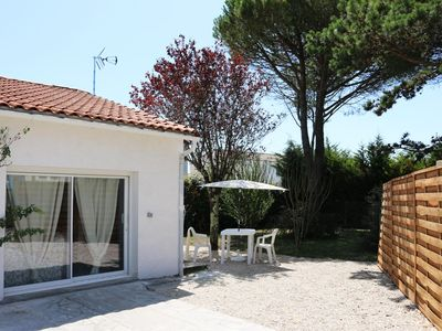 Photo for Studio T2 nine near the beaches on ground 300 m2 in Vaux sur mer