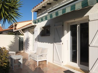Photo for 2 bedroom Villa, sleeps 6 in Saint-Cyprien-Plage with Air Con and WiFi