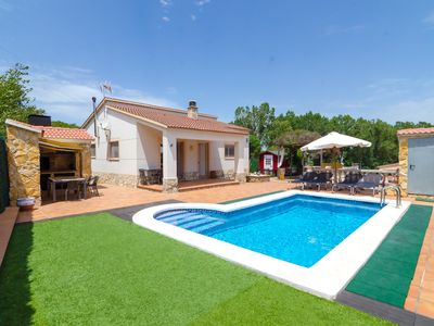 Photo for Club Villamar - Nice house, complete and very sunny, located in a quiet urbanization,with a  priv...