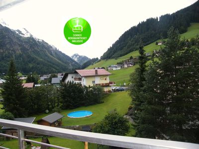 Photo for Cozy apartment in Aparthotel with beautiful views of mountains and ski slopes
