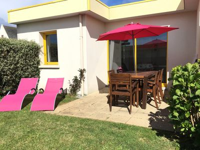 Photo for T3 villa with heated pool, 100m from the beach located in Le Conquet