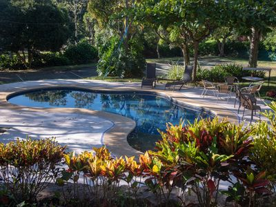 Photo for Prívate large garden, tennis court and pool close to rain forests and mountains