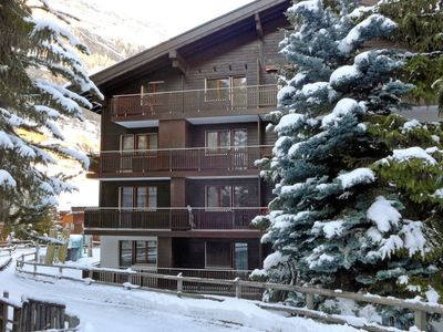 Photo for Apartment in the center of Zermatt with Lift, Balcony (49489)