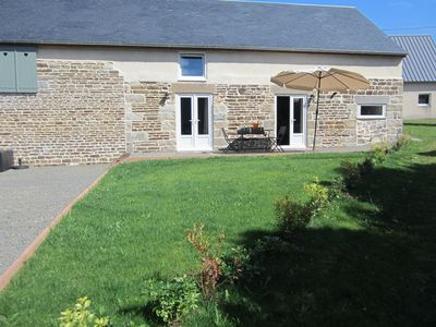 Photo for In a quiet rural setting, 2 King size double beds, each with luxury en-suite