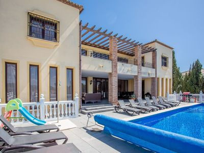Photo for 6 Bedroom Villa FT with Private Heated Pool Sleeps 15