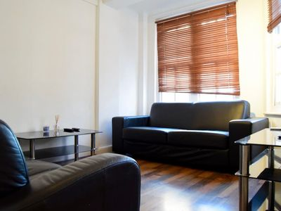 Photo for 2 Bedroom Apartment Close to Hyde Park