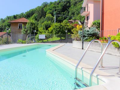 Photo for Musso Panoramica: swimming pool with lake view!