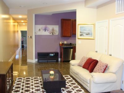 Large 2BR 2.5ba Condo. Excellent downtown location.  Near metro. Parking Avail.