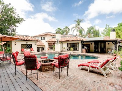 Spanish Villa Pool Home. Road Trip Getaway minutes from Los Angeles Attractions