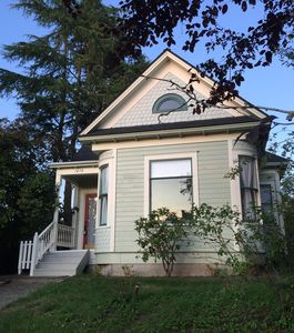 Photo for Beautifully Restored 3 bdrm, 2 ba Victorian Close to City Center & Waterfront
