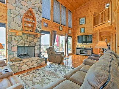 Photo for Beautiful Honor House w/ Pool & Scenic 360 Views!