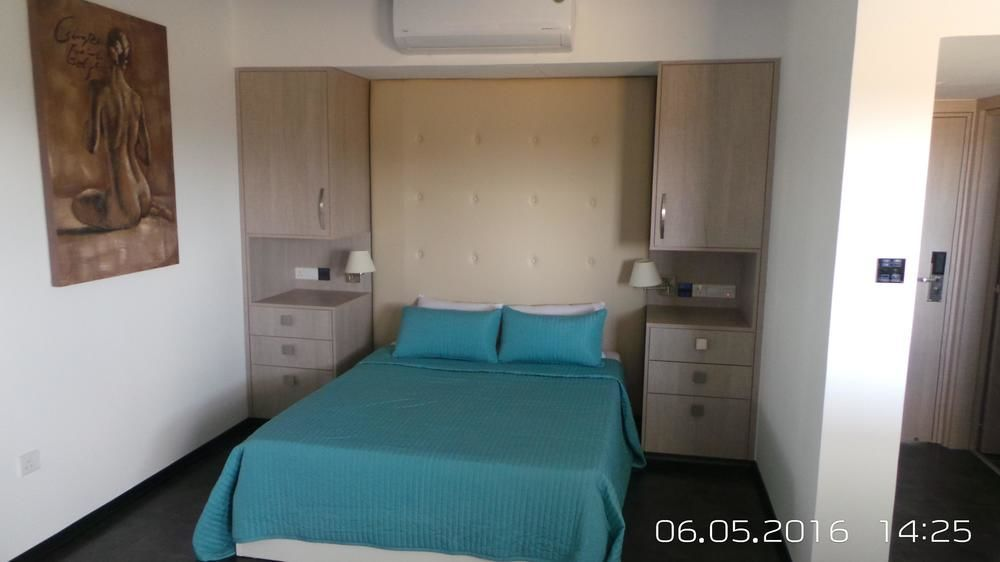 neptune hotel apartments coral bay rh homeaway co uk