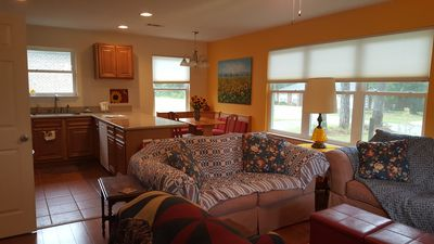 Photo for The Sunflower Inn is a cozy, comfortable and private full 1 bedroom apartment.