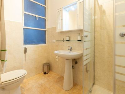 Photo for Traveler's Double + Twin Room (Private Bathroom)