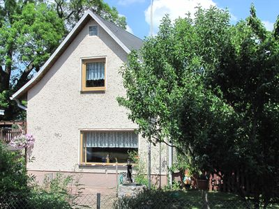 Photo for comfortable and well kept holiday home, within walking distance to the lake incl. Boat
