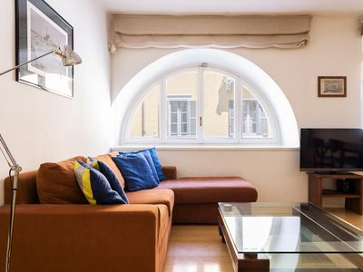 Photo for Beautiful 2 bedroom flat in the heart of Milan