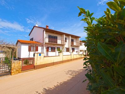 Photo for Holiday apartment Valbandon for 4 persons with 2 bedrooms - Holiday apartment