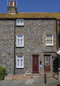 Photo for Nickleby's Nook Cottage by the sea. March offer: Book 3 nights get 4th free