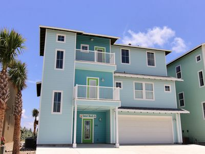 Photo for Spacious 6 bedroom home in beachfront Gulfwaters! Private Pool!