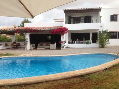 Photo for Villa with private pool, air conditioning, barbecue, free wifi, beach nearby