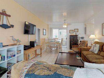 Photo for Balboa Island house in great community - near shopping, dining, beach, and more