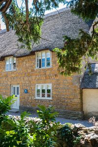 Photo for 5 Star - Luxury Thatched Spacious Cottage For Two in Dorset, Bridport