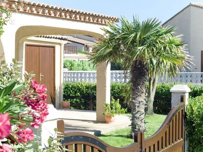 Photo for Nice apartment for 7 people with WIFI, pool, TV, balcony and pets allowed