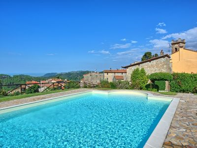 Photo for Nice apartment for 6 guests with pool, WIFI, TV and panoramic view, close to Viareggio
