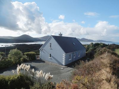 Photo for 4 bedroom property in Beara. Pet friendly.
