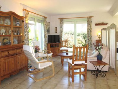 Photo for Vacation home Ty Gwenn (PLC237) in Plouescat - 5 persons, 3 bedrooms
