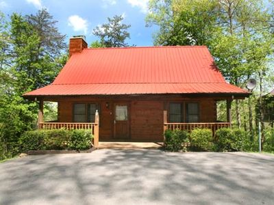 Photo for 2 bedroom cabin in Gatlinburg, perfect for families with a Hot Tub, Jacuzzi, FP & Wi-Fi