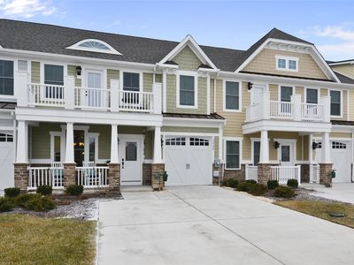 Photo for FREE DAILY ACTIVITIES!  Fantastic vacation villa located in The Overlook which is Fenwick Island's newest resort community, offering its own sandy beach at the foot of the Little Assawoman Bay with first class clubhouse including fitness center and swimming pool (available Jun 15, 2018)!