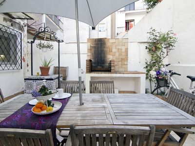 Photo for Quijote, large patio-terrace with barbecue