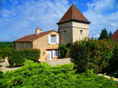 Photo for Excl. Holiday house, pool, large garden, romantic, pure nature, Dordogne, Pets