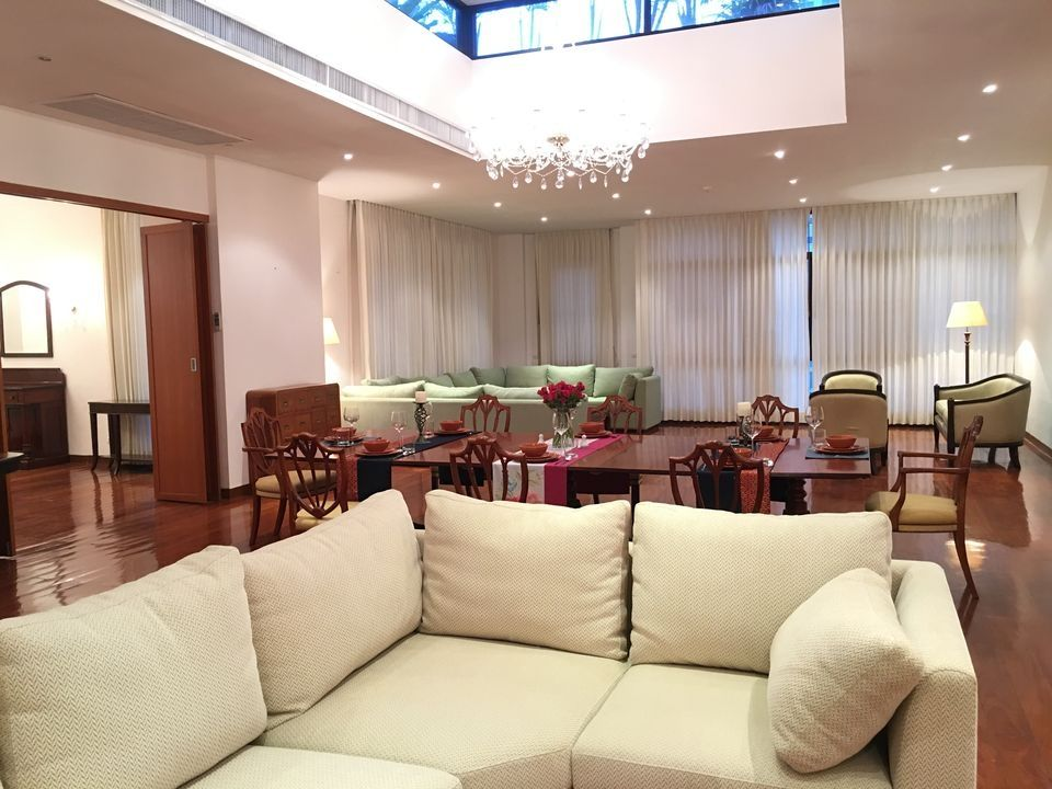 Tonson Penthouse (5 bedroom) NR