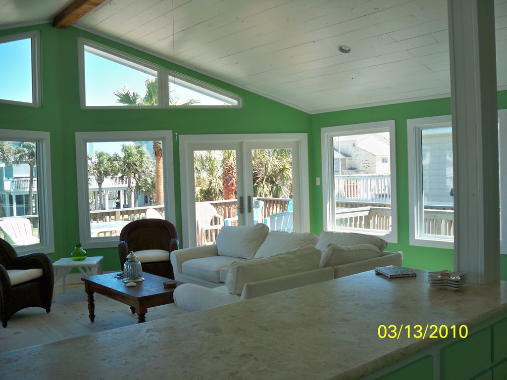 Fantastic Views From This Seaside Cottage At Pirate S Beach Galveston Tx