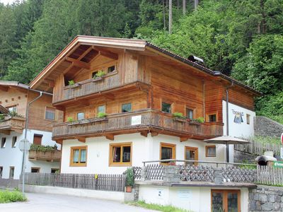 Photo for Detached holiday house with much privacy centrally located in the Zillertal.