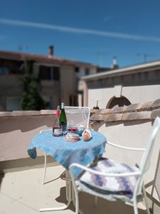 Photo for A charming holiday home situated in a popular village 10minutes from the Med
