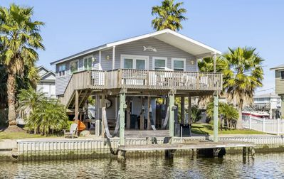 Photo for Clean and comfortable canal house with great fishing on a quiet culdesac