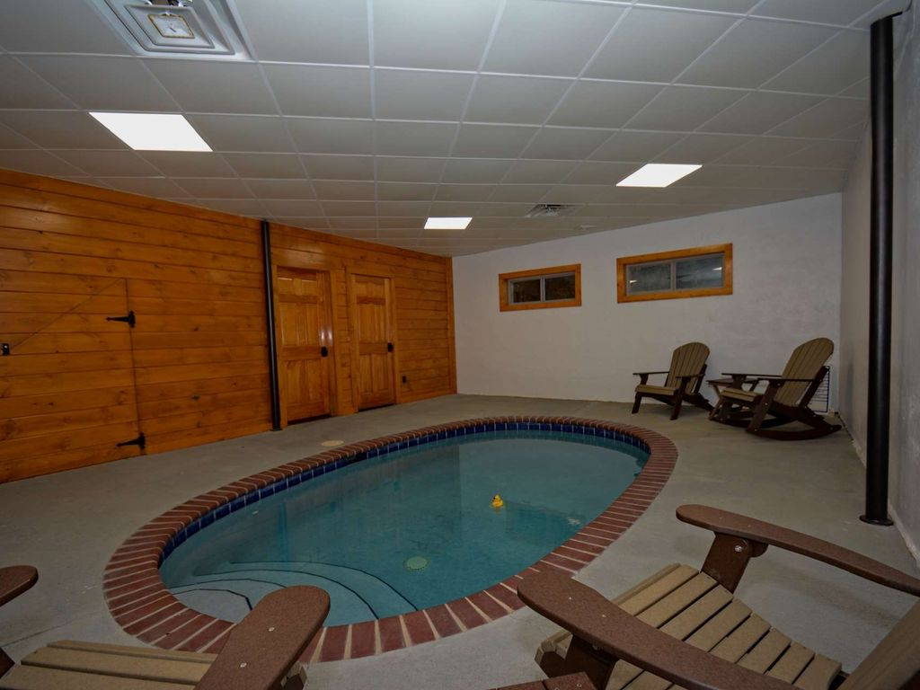 pools the pigeon at place pics private of rentals only cabin experience stock with indoor you can pool cabins middle in inspirational fresh a tn forge