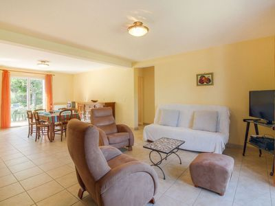 Photo for Cosy apartment for 4 guests with WIFI, TV and parking