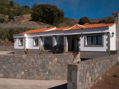 Photo for Holiday house Vega de San Mateo for 1 - 8 persons with 3 bedrooms - Farmhouse