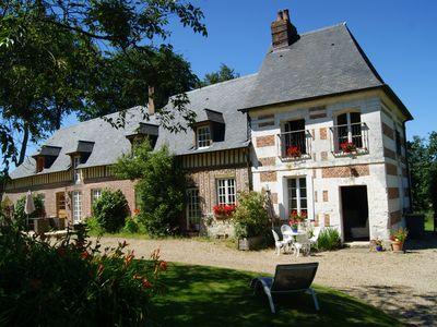 Photo for Charming Normandy cottage chestnut Le Puits XVII