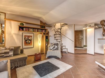 Photo for Lovely apartment adjacent to the Roman Forum, particularly quiet