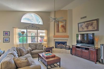 This tastefully furnished Sonoran Hills home sleeps 6 people in its 3 bedrooms.
