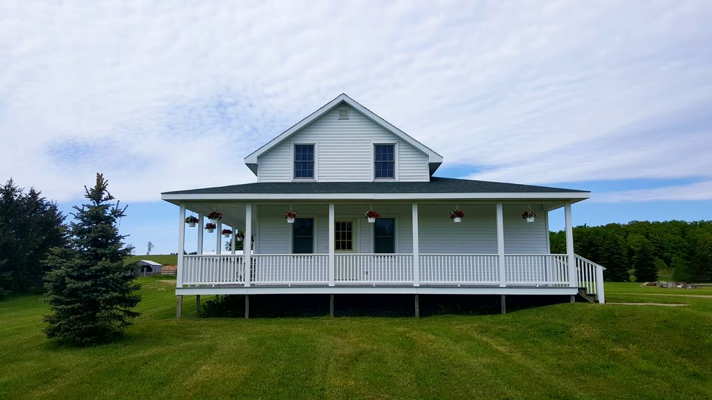 The Ely House In Northern Michigan Homeaway