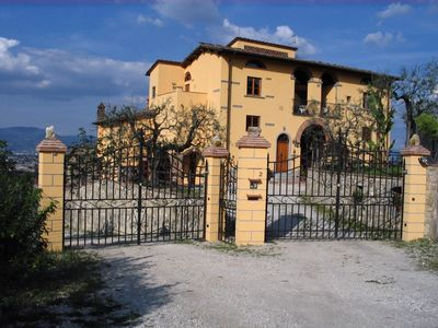 Photo for Apartment Tramontana in Holiday farm in the hills with beautiful views of Florence!