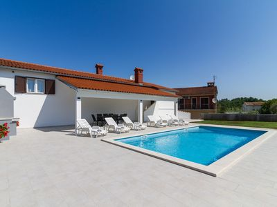 Photo for Lovely VILLA Piljan with a private swimming POOL