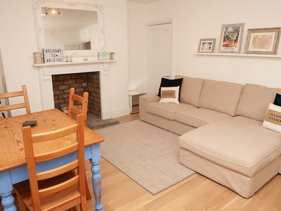 Photo for 2 Bedroom Apartment in Prime Clifton Location