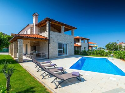 Photo for Pleasant countryside villa near the sea